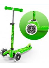 Самокат Micro Mini Deluxe Green Зеленый LED (MMD051)