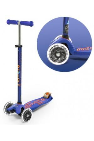 Самокат Micro Maxi Deluxe LED Blue T (MMD067) синий светящиеся колеса
