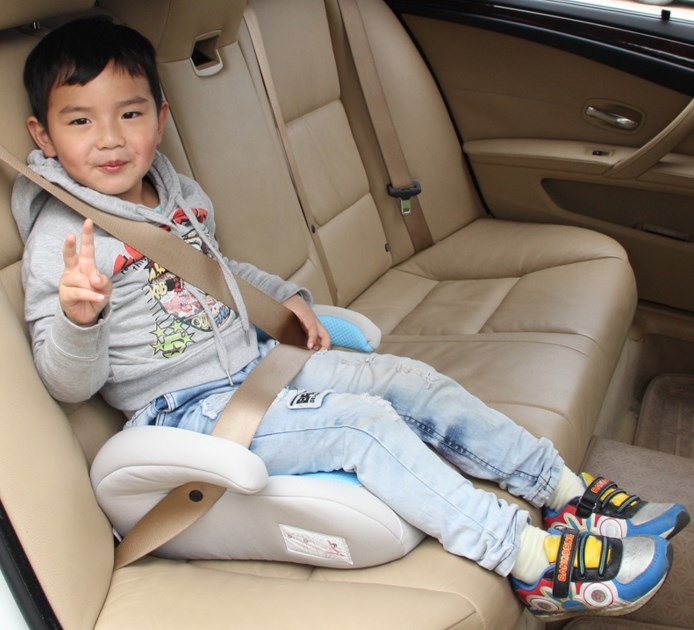 Как сделать бустер ребенку своими руками
